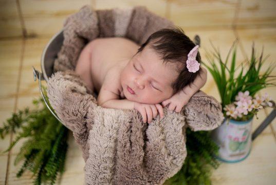 C Harfi İle Başlayan Kız Bebek İsimleri