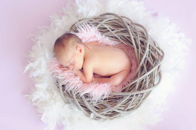 F İle Başlayan Kız Bebek İsimleri Ve Anlamları